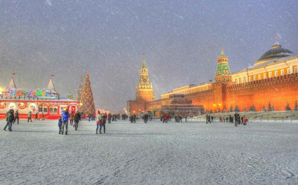 Автобусный новогодний тур в Москву