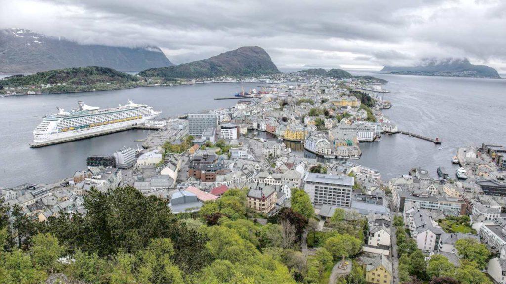 Круиз морской в Скандинавию