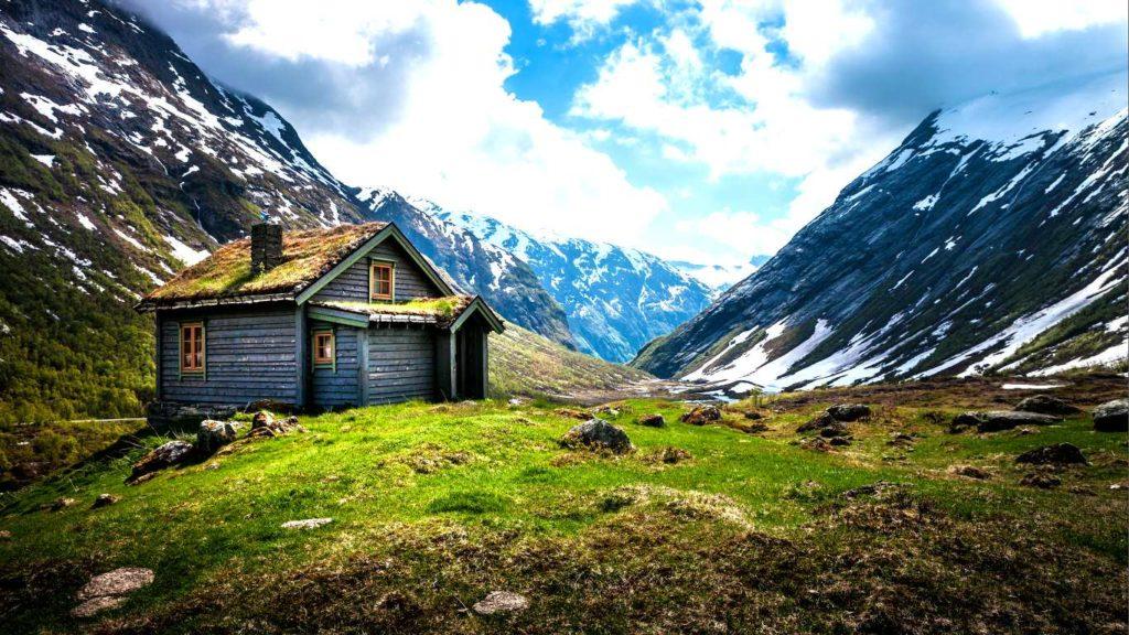 Фьорд тур по горам в Норвегии