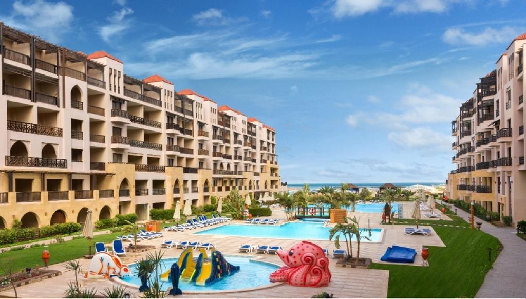 Samra Bay Hotel & Resort 5