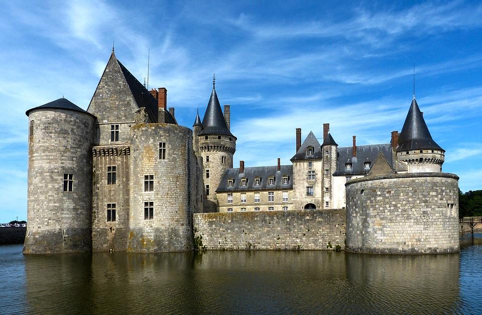 Автобусный тур замки и крепости Европы