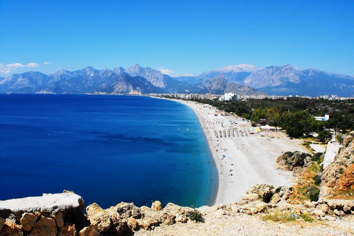 Пляжный отдых на море в Анталье