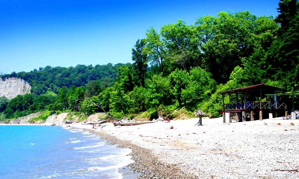 Отдых в Абхазии на море по недорогим ценам