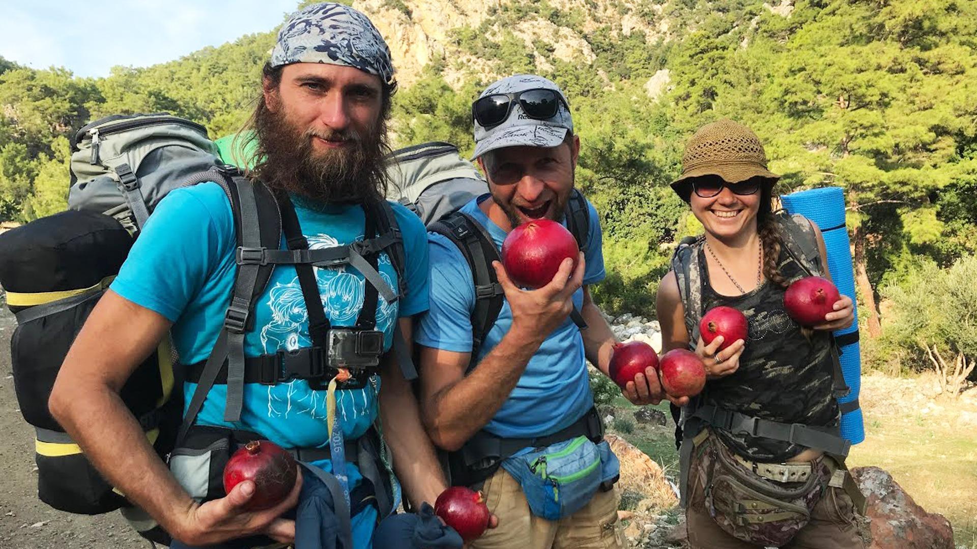 Туристы в походе по Ликийской тропе